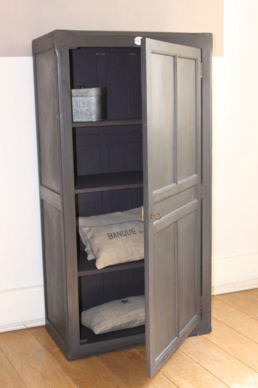 petite armoire parisienne noire petite belette. Black Bedroom Furniture Sets. Home Design Ideas