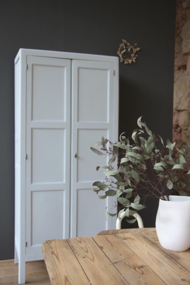 armoire parisienne petite belette. Black Bedroom Furniture Sets. Home Design Ideas