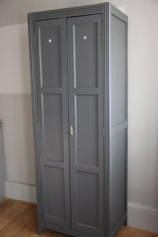vestiaire double gris petite belette. Black Bedroom Furniture Sets. Home Design Ideas